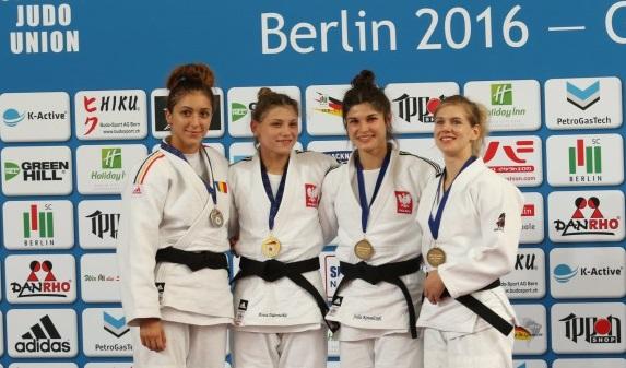 podium57