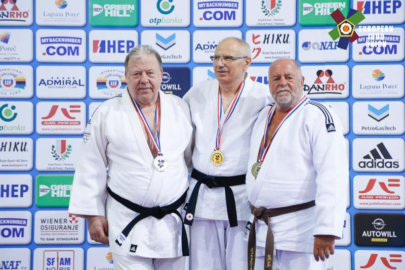 podium_t.dymerski